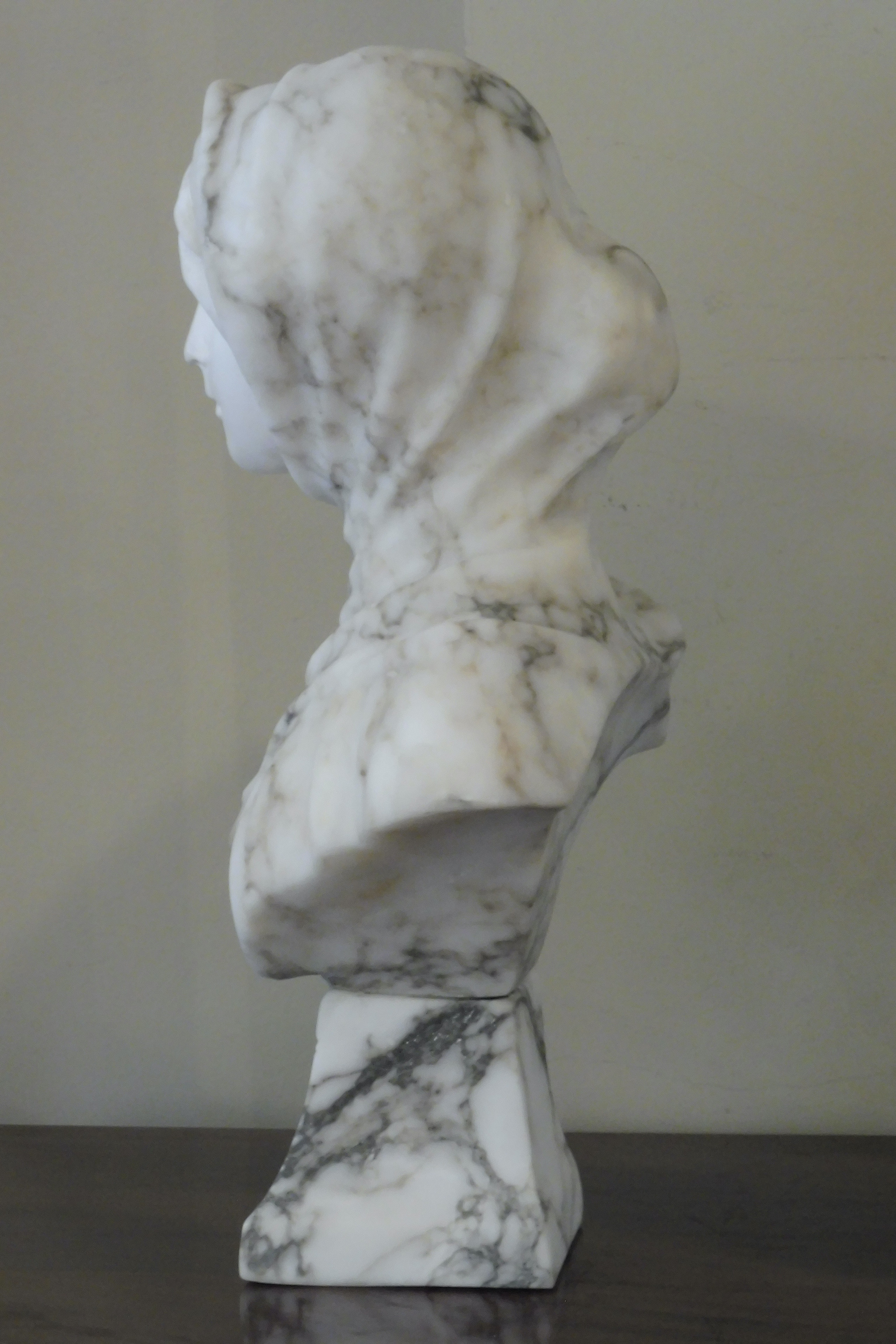 19th century French marble bust of a girl