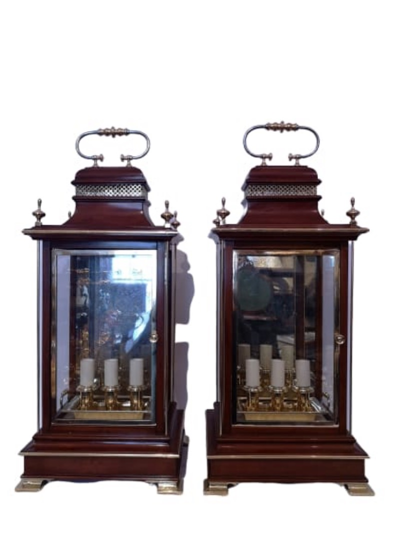 Pair Of Early 20th Century English Mahogany And Brass Lanterns