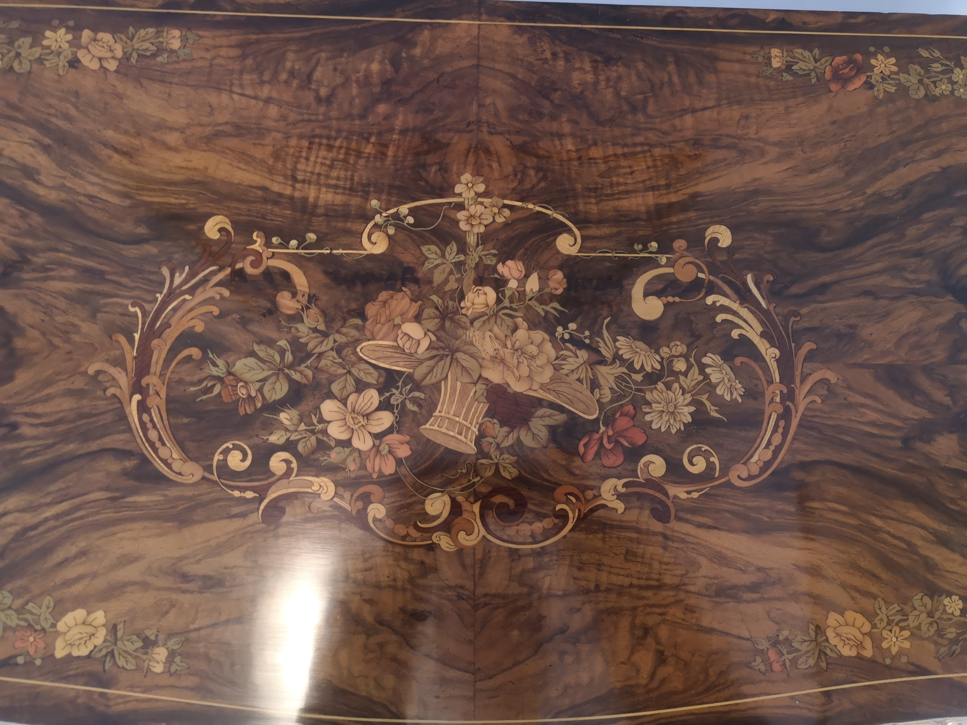19th Century Victorian Marquetry Burr Walnut Card Table